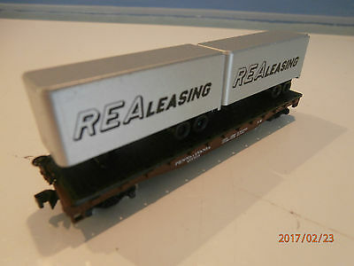 2 Containers On Flat Car........n Scale
