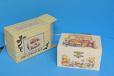 Girl's Musical Jewelry Box Plays Teddy Bears Picnic Twirling Bear Inisde