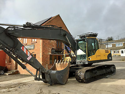 2008 Volvo Ec210Cl Excavator Digger 5Ft Bulk Bktpiped Ac Boxing Ring Low Hours