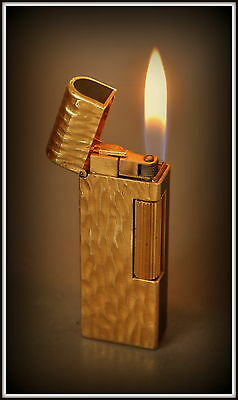 Dunhill Dome Top Lighter, Gold Bark Design With Black Lacquer Panels, Serviced.