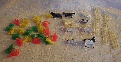 Vintage Lot of 39 Pieces Plastic Farm Animals Fence Toys Horses Cows Rooster Pig