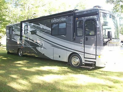 2007 Fleetwood Expedition 38V 39' Class A RV Cummins Diesel 2 Sides Generator NC