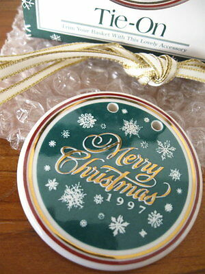 "Longaberger, ""Merry Christmas"" Tie-On / Ornament...  NIB"