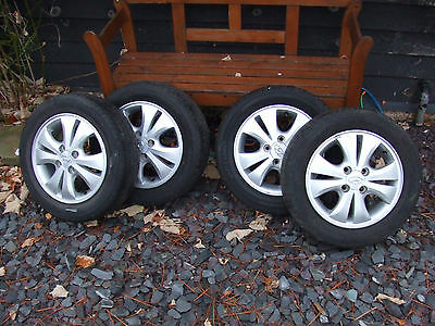 Hyundai i10 alloy wheels set of 4 with v/good matching tyres