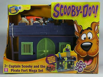 Captain Scooby Doo And The Pirate Fort Mega Set. Glow In The Dark Features. New.