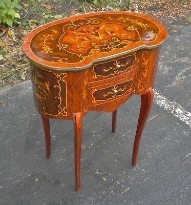Louis style Style Brass and marquetry kidney side table