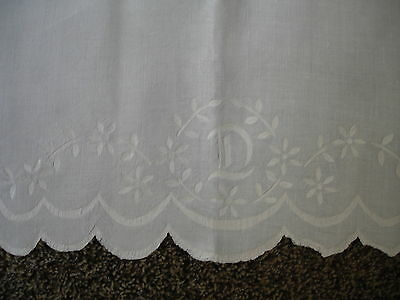 ANTIQUE/VINTAGE LINEN EMBROIDERED BED SHEET HAND HEMSTITCHED INITIAL 'T' 61 x 86