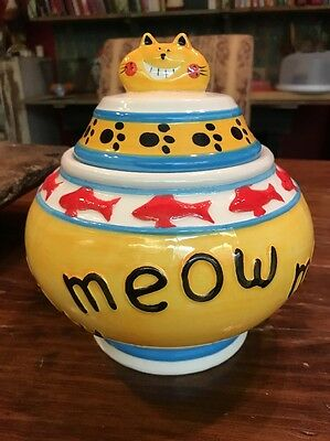 """NEW Canister CAT TREAT JAR Lid Handle Meow  8""""T 7""""W Goldfish Bowl Paw Prints"""