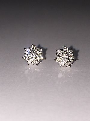 Diamond Cluster Stud Earrings in 18K White Gold. Total diamonds' weight: 0.50ct.