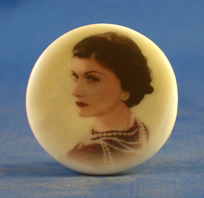 1 inch China Collectable Sewing Button -- Gabrielle Coco Chanelle
