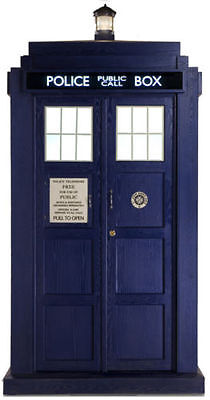 Dr Who's Tardis Official LIFESIZE CARDBOARD CUTOUT STANDUP STANDEE