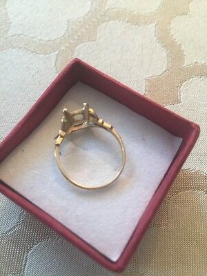 10k Gold Ring With Hearts To Hold A Gem