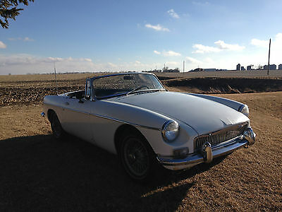 1967 MG MGB Leather Easy Spring Project Car