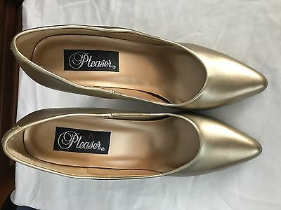 New  Pleaser Women's Heel  Size  10.  With 5 Inches Heel. GOLD