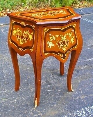 Gorgeous Louis XV style side table commode
