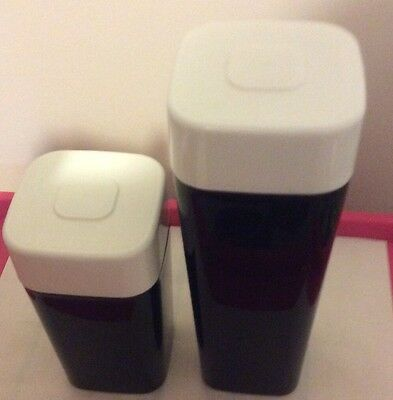 tupperware canisters Qty 2 560ml, 840 ml Used