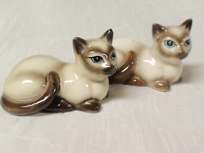 2 Vintage Japan Ceramic Siamese Cat Salt Shakers Cork Stoppers
