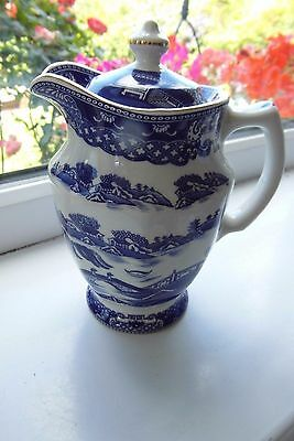 Ringtons Maling Lidded Jug Willow Pattern by Wade Ceramics British 0.75 Pints