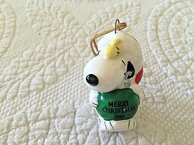 Peanuts Snoopy And Woodstock With Bulb  Merry Christmas 1981 Ceramic Ornament