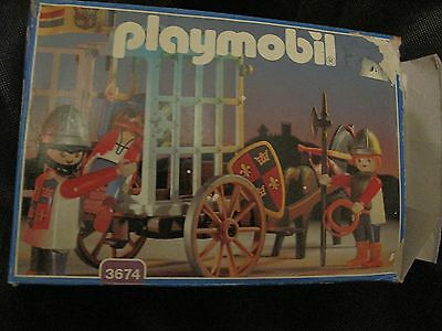Playmobil set #3674 complete - Medieval prison wagon incl knights, pirate, horse