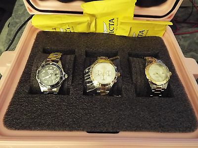 Invicta Lot Watches ( 3  Women's Invicta Watches With 3 Slot Case)