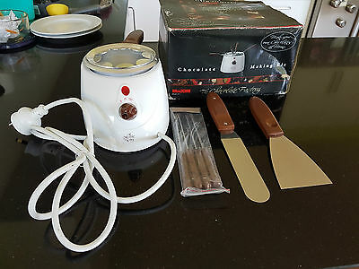 Chocolate making kit - Cake decoration or Foundue - Electric