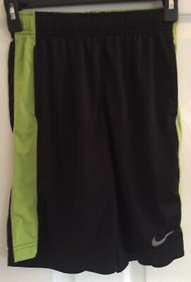 Boys NIKE DRI FIT Athletic Shorts Youth Size Medium Black/Green