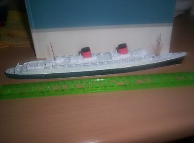 Die cast model ship 'Queen Elizabeth 1938'