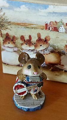 """Wee Forest Folk """"One-Mouse Band"""" # M-196a (AP) White w/Blue Star Mint"""