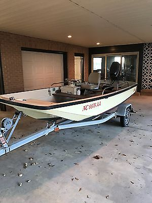 1972 Boston Whaler 13 with Evinrude 30hp 2 Stroke