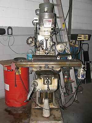 BRIDGEPORT 2HP Vertical Milling Machine
