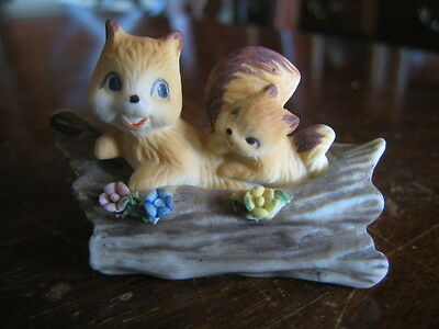 VINTAGE BISQUE TWO SQUIRRELS in a LOG SMALL FIGURINE