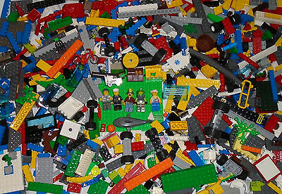LEGO Large Lot 1000 Pieces 1.5KG With 5 Minifigs