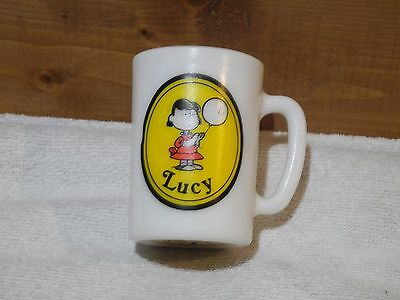 AVON 1969 Small Coffee Mug Cup United Features Peanuts Lucy