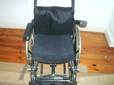 Levo  Electric Standing Up Wheelchair Used Lcev