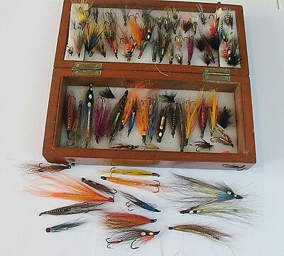 WOOD BOX with c85 VINTAGE FLIES for trout, sea trout, salmon