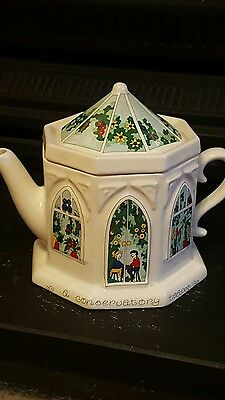 wade conservatory teapot, exclusively for wade excellent condition