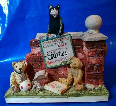 Peter Fagan Colour Box Collector Club Cat Bear Wall Ornament Shirley Name Plaque