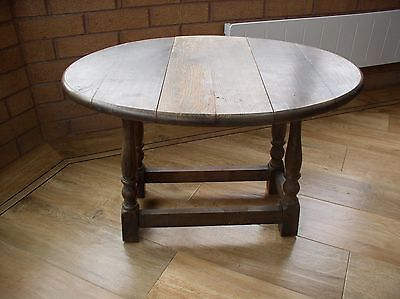 Small Oak Swivel Top Drop Leaf Occasional / Coffee / Side Table-Ideal to refurb