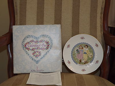 1976 Royal Doulton Valentines Day Plate MIB