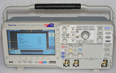 TEKTRONIX MSO2012-DPO2EMBD MIXED SIGNAL OSCILLOSCOPE 2+16CHANNEL 100MHz 1GS/s