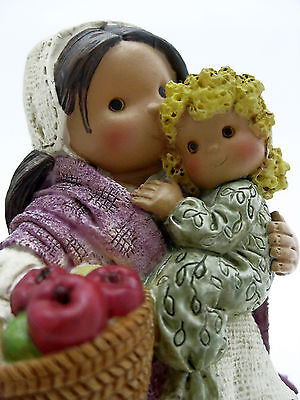 Friends Of The Feather 1998 Fruitful Blessing Pilgrim Woman With  Child Figurine