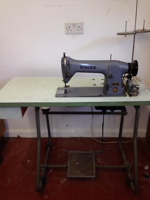 Singer 331K4 industrial sewing machine. Recently serviced.