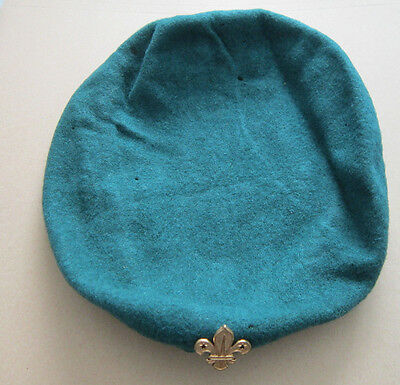 Vintage Green Beret Hat With Fleur De Lis Lys Badge Boy Scouts Scouting