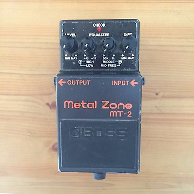 Boss MT-2 Metal Zone guitar effects pedal distortion overdrive