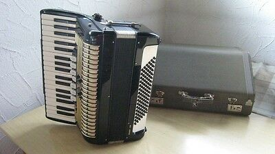 Akkordeon Hohner Verdi II N , Shipping Worldwide, vintage accordion,