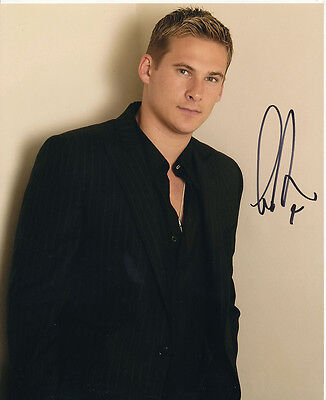 Lee Ryan SIGNED photo - J976 - Singer and actor