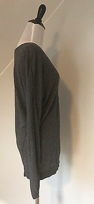 VINCE A Pea In The Pod Size M V Neck Sweater Top Thin Gray