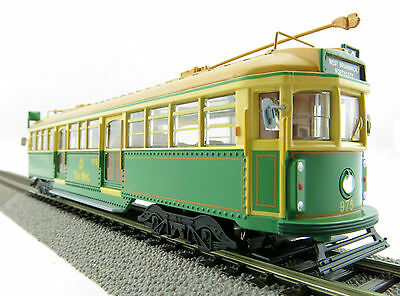 Cooee ELECTRIC POWERED W6 CLASS MELBOURNE TRAM GREEN RATTLER The Met NO 975 1:76