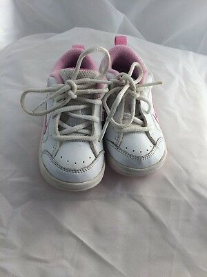 Nike Sneakers Girls Size 5 C Toddlers White And Pink Athletic Tennis Shoes